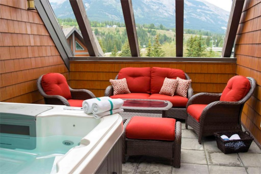 Wonderful hot tub area with stunning views