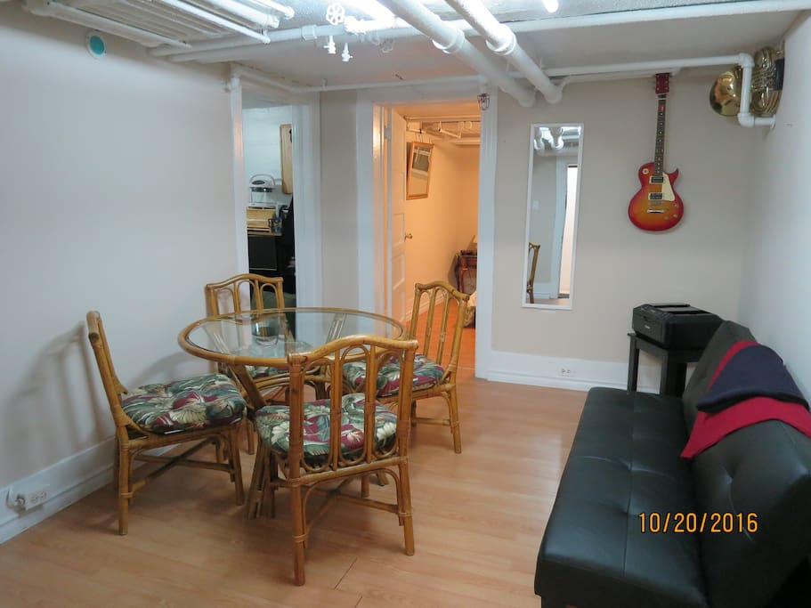 Characteristic cozy basement apt. with exposed piping… very retro!