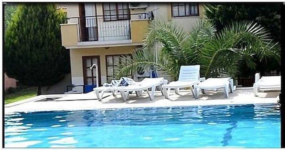 Rent a flat 1+1 Turkey Kusadasi close to beach