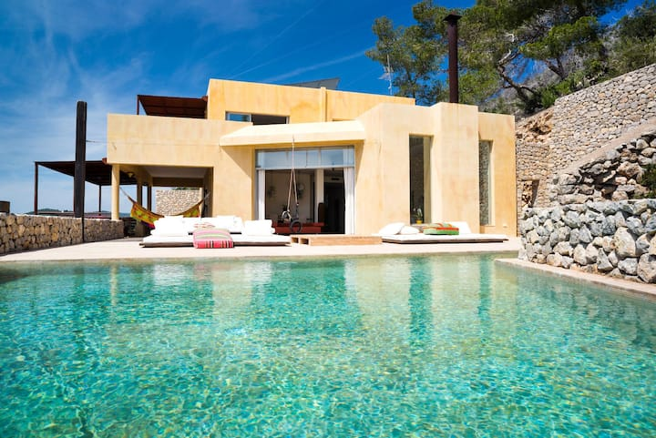 Villa Diane : Incredible view on the sea from Cala Olivera cove