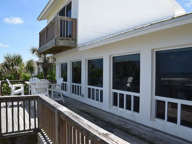 Beach Front Oasis in New Smyrna!