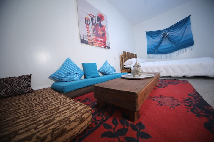 Africa Room (Double Bed) / Anza Surfhouse