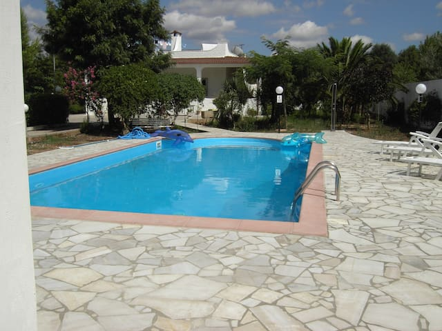 Beautiful villa set in stunning gardens with pool - Province of Brindisi - Villa
