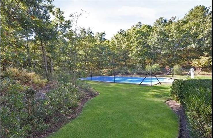 Perfect Hamptons Escape with Pool. West of Canal - 東奎古厄(East Quogue) - 獨棟