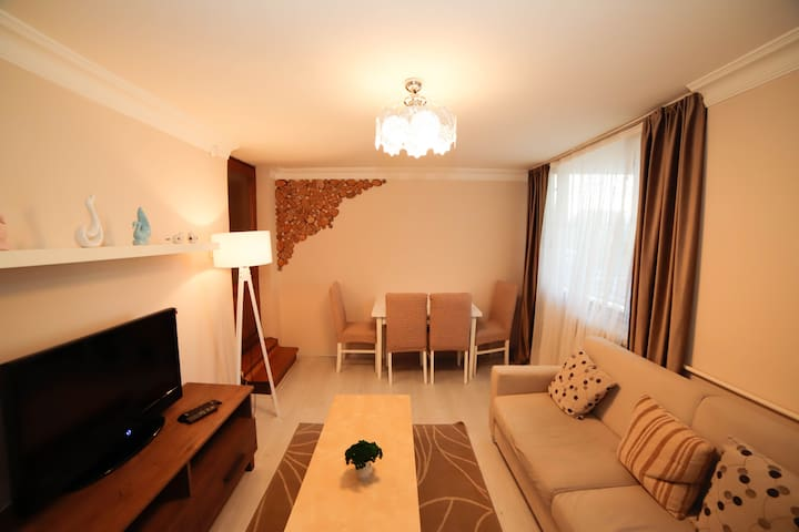 #2 Luxury flat in heart of the city nearly Cevahir