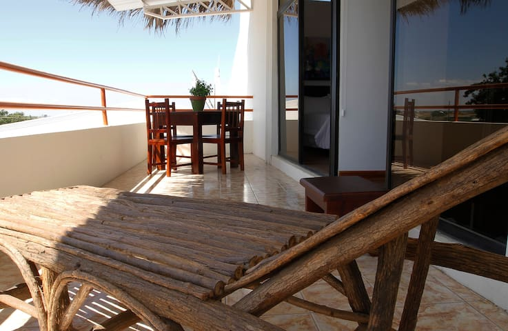 Deluxe room for 2 people at Playas Villamil