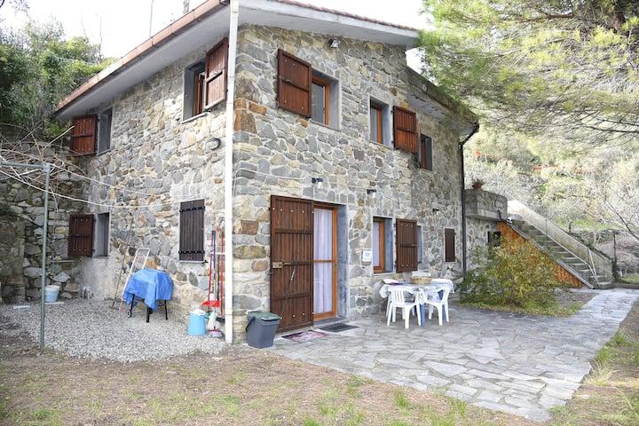 Due Pini - Appartamento Corniglia