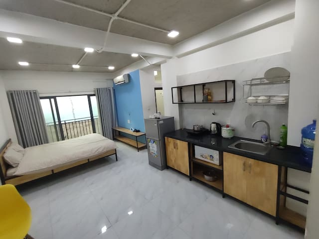 [Crowded Area]Near Market, Full Furniture-1 BR 1.2