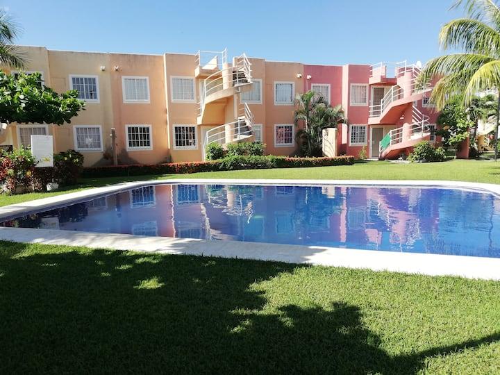 Depto. en Acapulco con clima y alberca desde 500.
