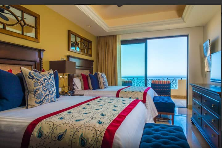 Grand Solmar at Land's End Resort and Spa