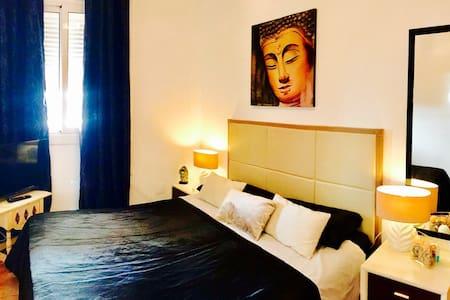 DOUBLE BED MARINA BOTAFOCH - Eivissa - Wohnung