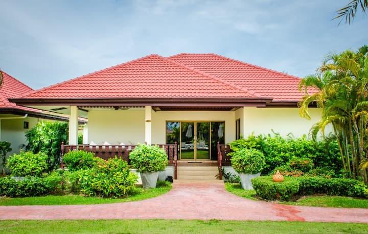 Thailand Dream Village (S26)