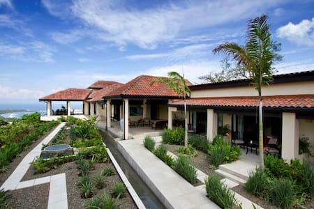 Villa Paraiso Amazing 8 BR Ocean VIew Luxury Villa - Villareal