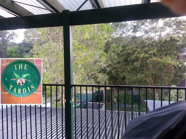 Huge leafy balcony with BBQ. Great location.