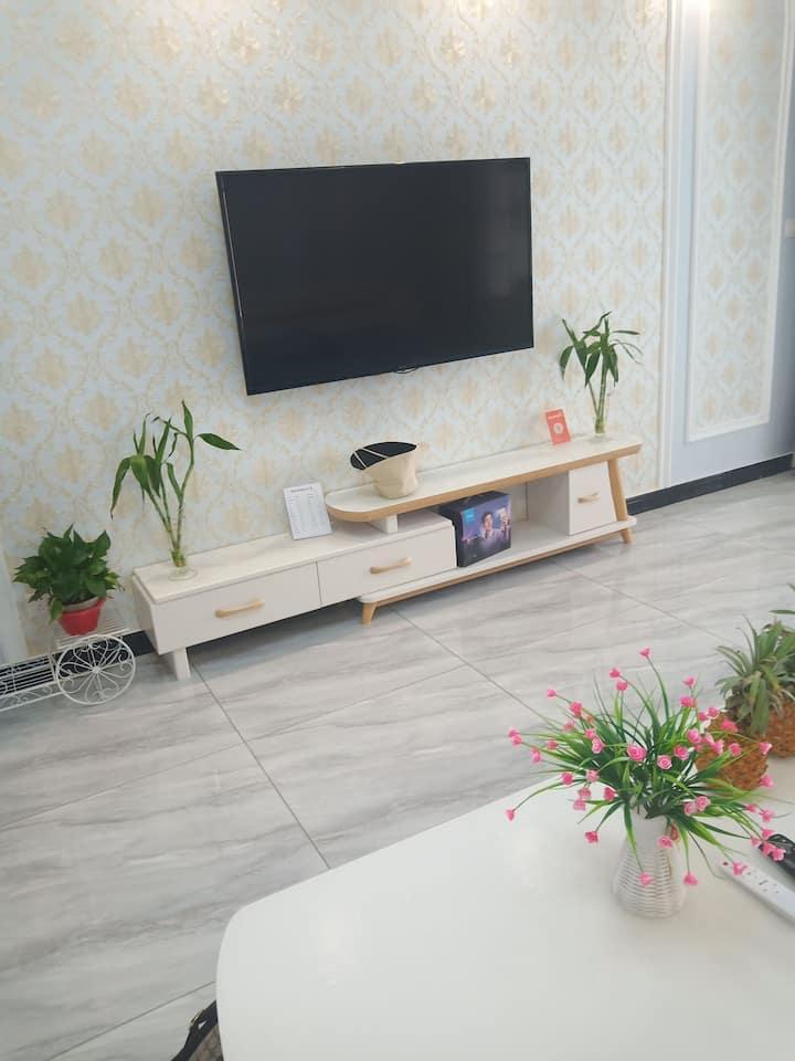 温馨之家现代简约金明东街新公寓