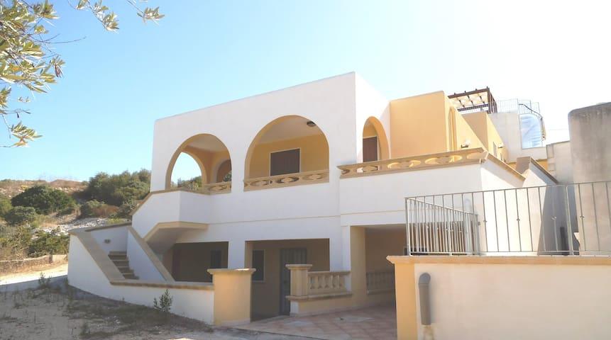 casa Luciana - Torre Vado - House