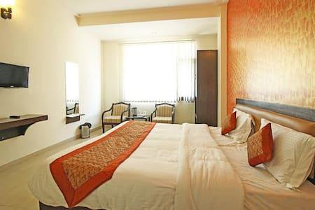 Hotel Lavanya - Bed & Breakfast
