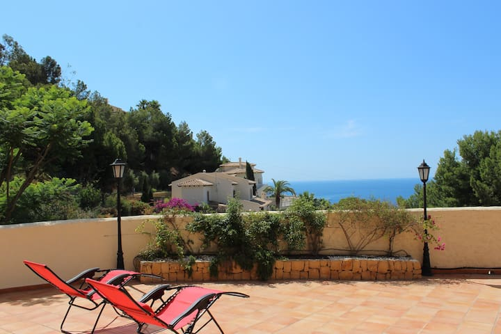 Private 6 bedroom villa - Altea Hills
