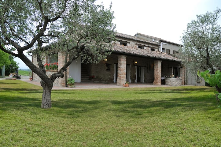 Relax in the nature near the Rimini Coast - Santarcangelo di Romagna - Bed & Breakfast