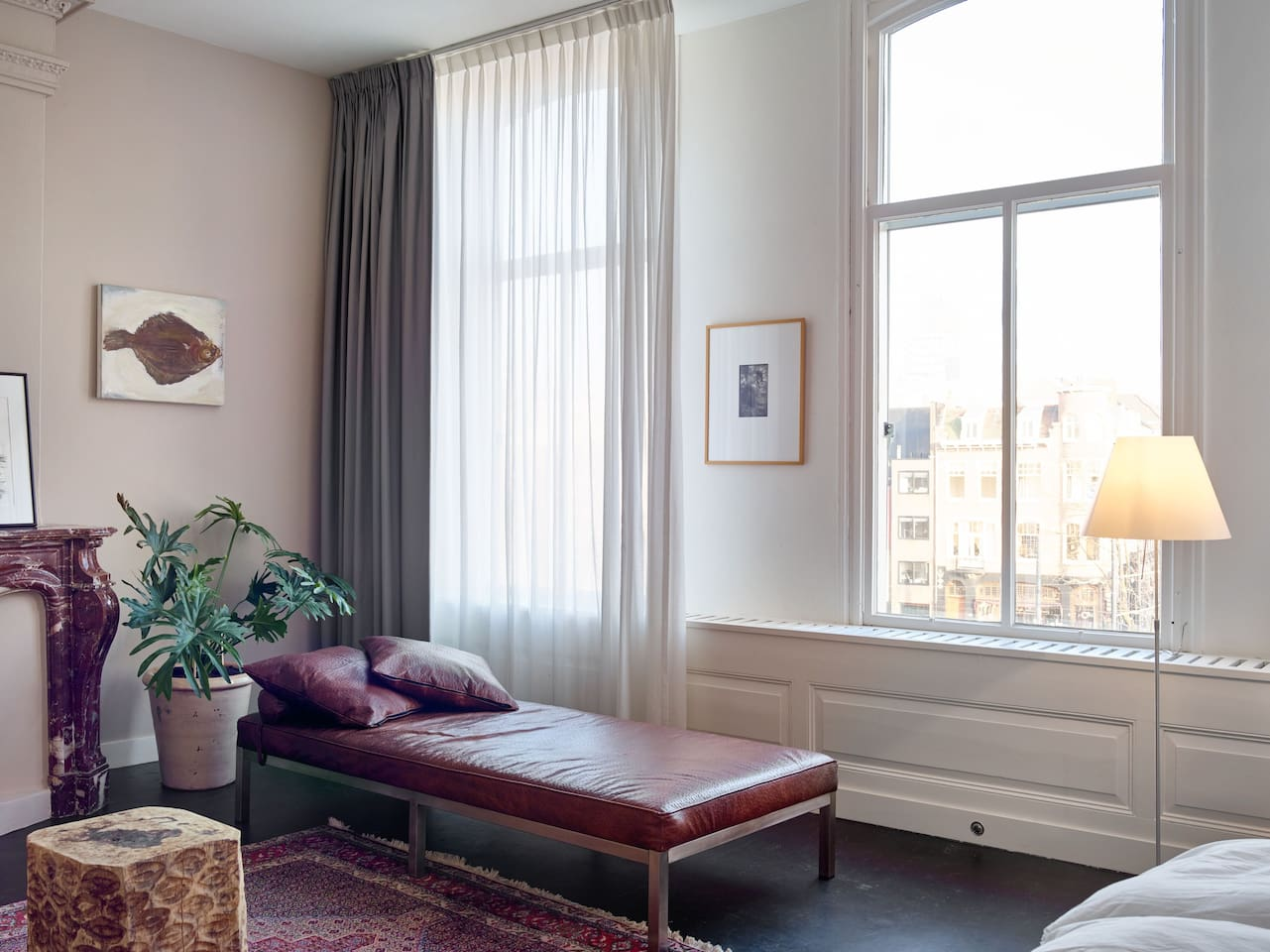 Your private spacious room in the citycentre