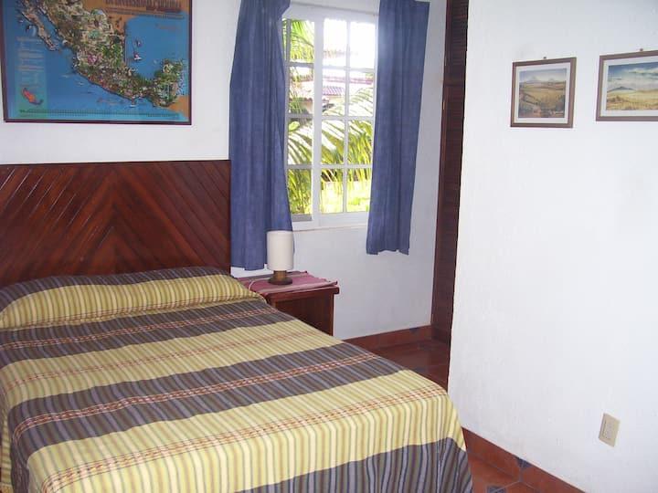 Habitación independiente en barrio La Rinconada