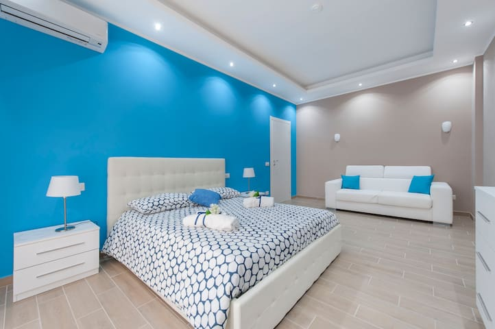 ELEGANT APARTMENT...NICE PRICE !!! - Roma - House