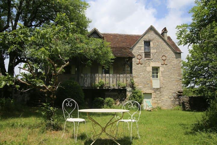Maison détente entre Lot et Aveyron - La Capelle-Balaguier - Hus