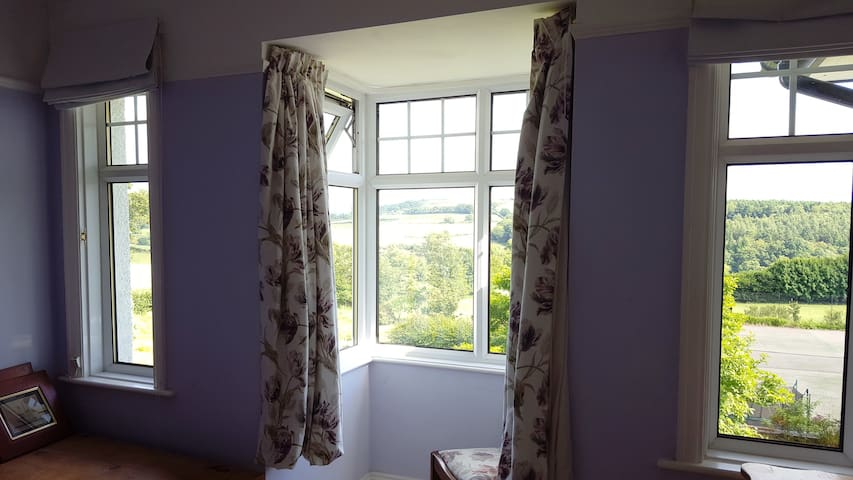 Dartmoor room with view and private bathroom - Devon - Casa