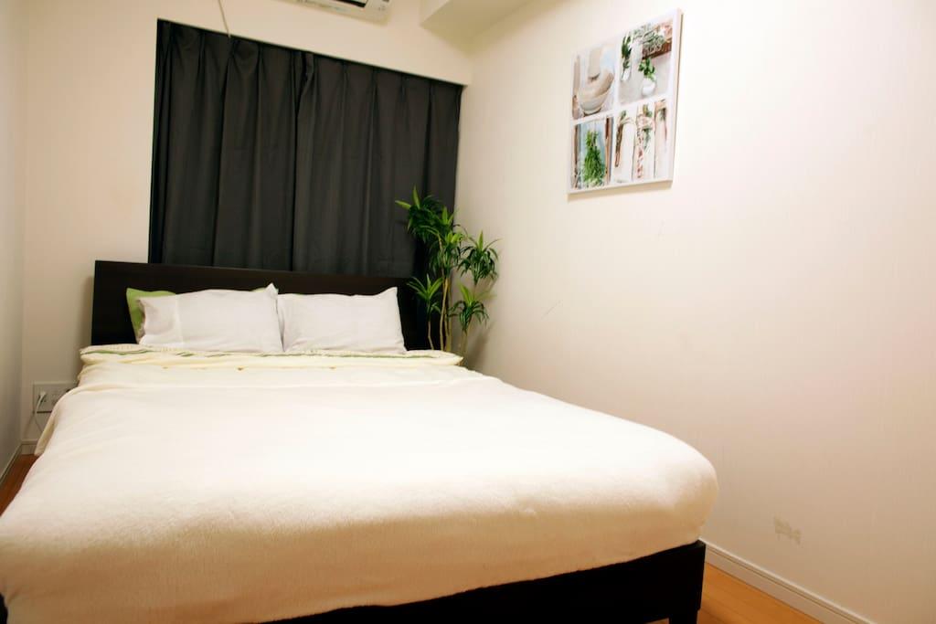 no1, bed room