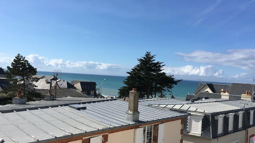 Duplex Saint Pair sur mer, 50 m de la plage.