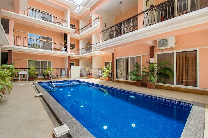 Stylish 2 BHK with a pool, near Thalassa/74244
