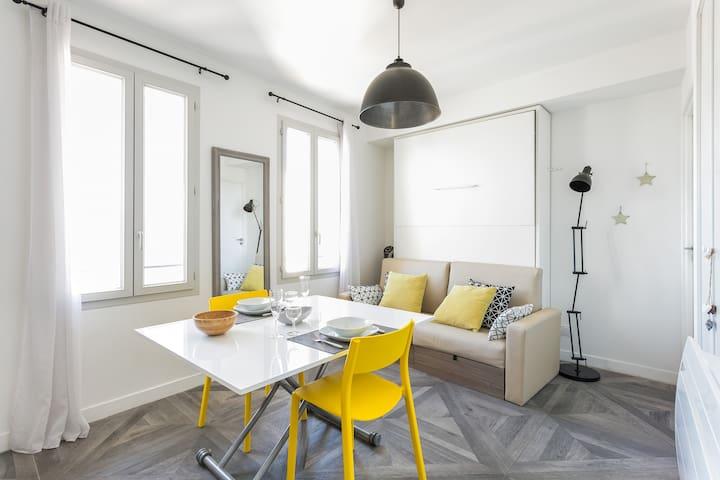 Studio meublé avec ascenseur, face Gare St Roch