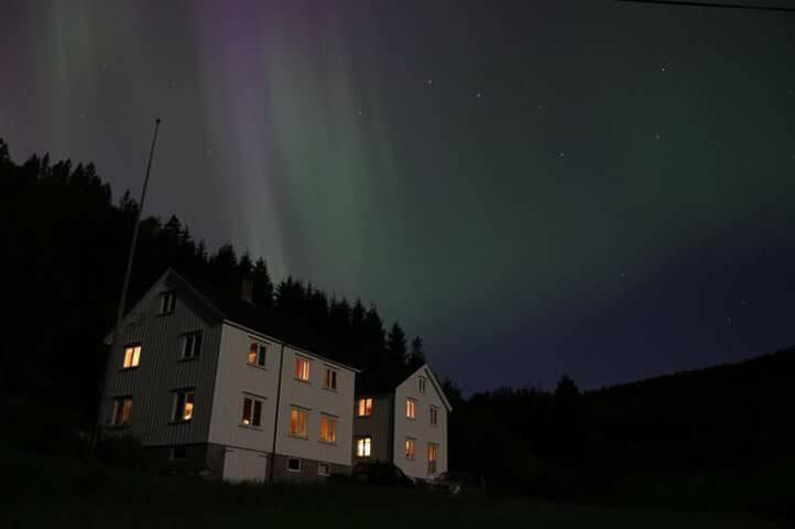 Grindvollan, Karlstua
