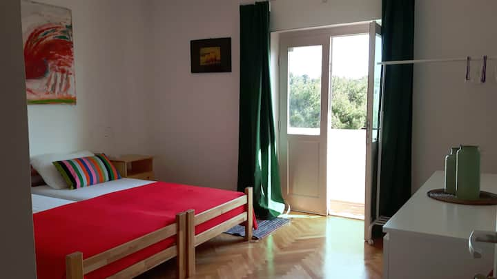 """Good times"" - private room in Hvar"