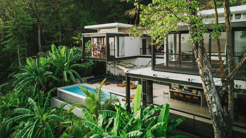 Casa Bri-Bri a Spacious & Family Friendly Villa