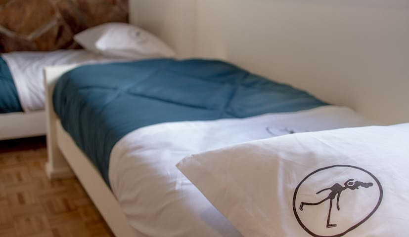 Rambler Hostel 7 - Montevideo - Bed & Breakfast