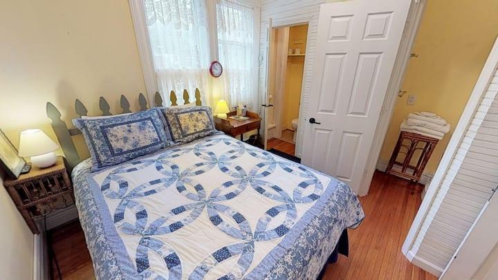 Primrose Bed and Breakfast Posy Room Hocking Hills