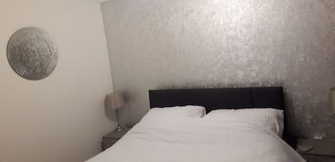 Double room in lovely friendly home