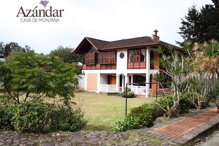Azándar. Hermosa casa de montaña. - San Isidro
