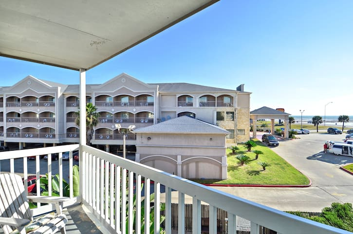 Sandy Chic 3rd floor 1 bedroom condo is located at the Victorian on the Seawall.