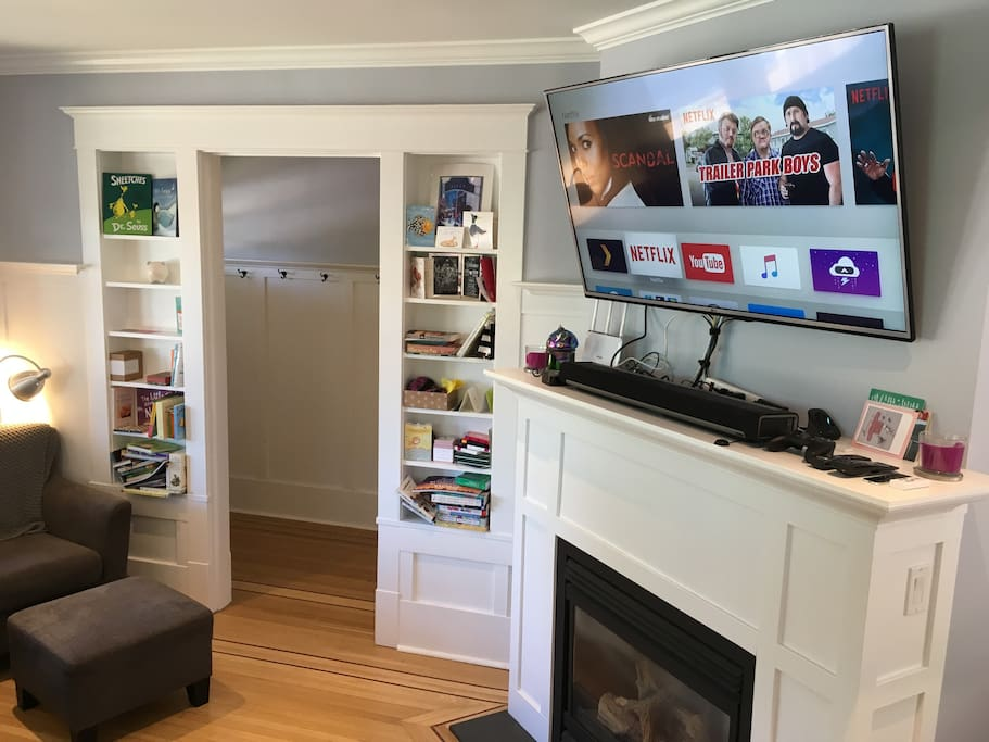 Fully connected entertainment centre (w/ HBO and Netflix) and gas fireplace.