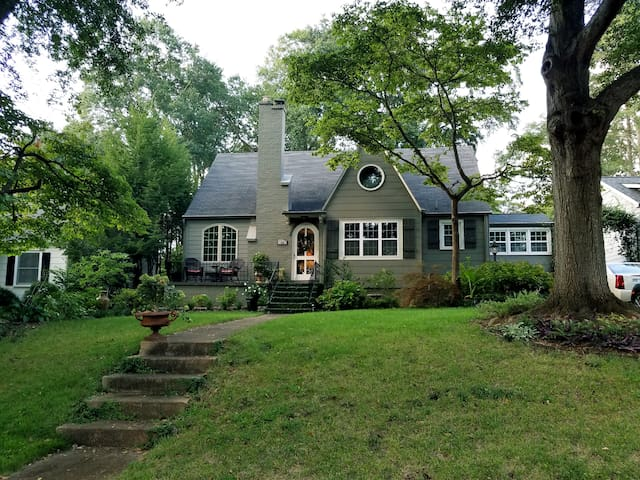Southern charm in North Main!