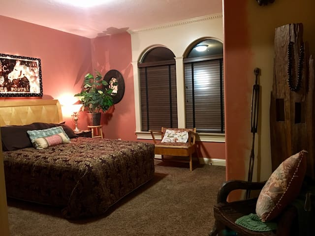 A little refuge w/private entrance - Meridian - Bed & Breakfast