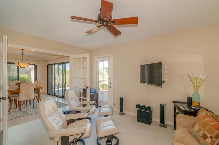 2nd bedroom has large TV & 2 Ekorness Stressless chairs