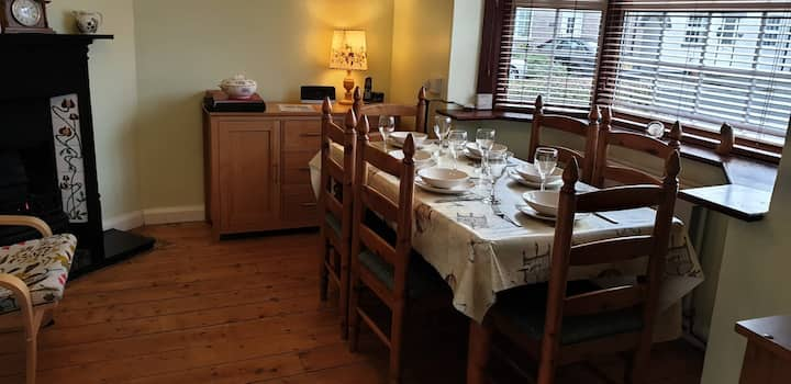 Oak House Cottage:  Sleeps 6  - Seren Property