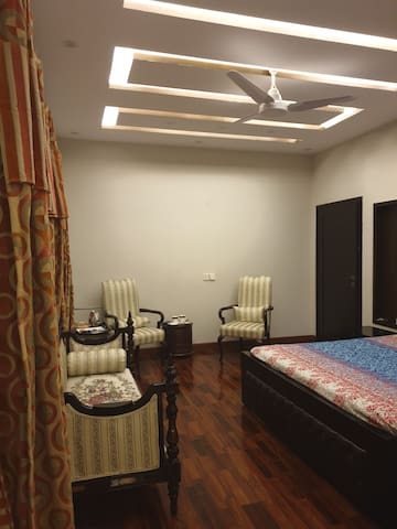 Cozy Living in Dha Lahore