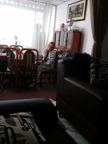 Mi casa con cariño su Hogar en la lejania