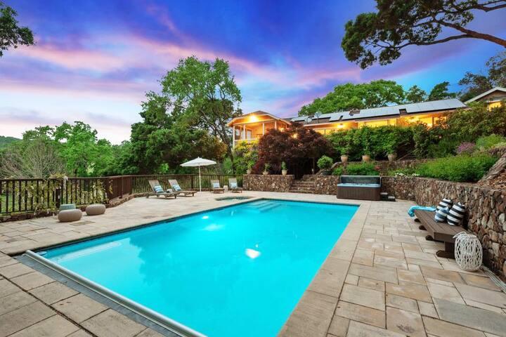 4 Acre serene Vineyard Escape in Sonoma w/ pool