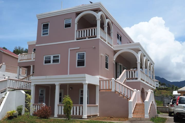 Burcasa B&B and Spa,  Pembroke St Andrew. SVG.