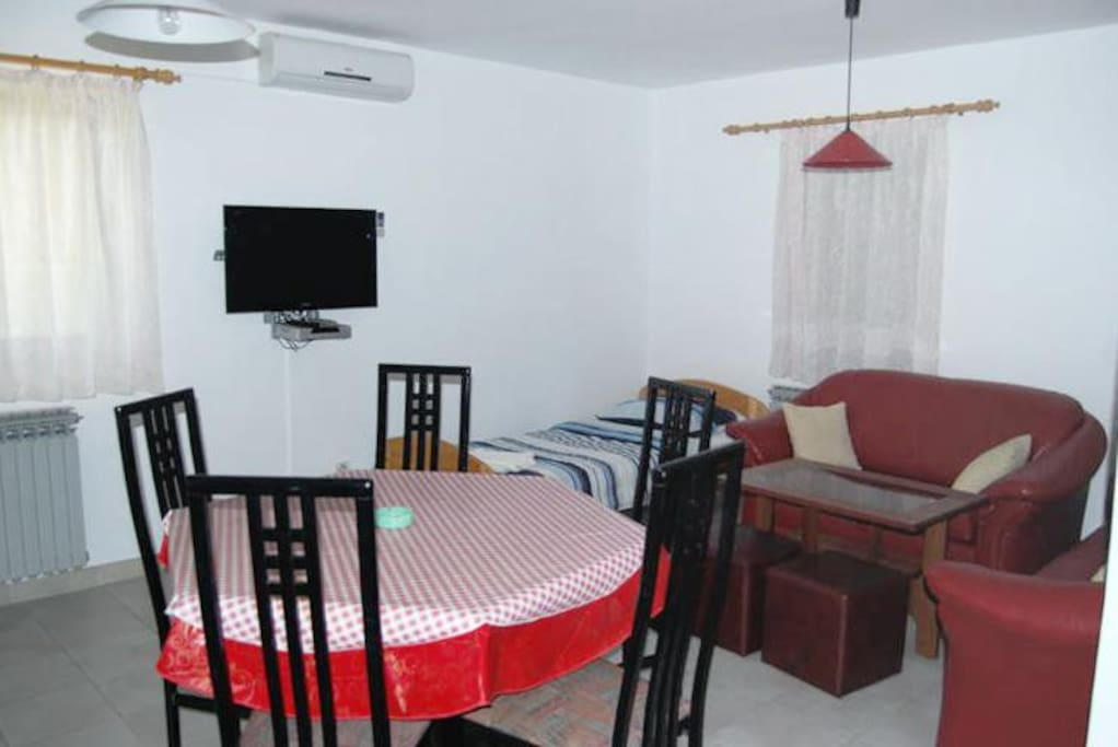 Dining room, Surface: 26 m²